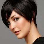 Стрижки на средние волосы для круглого лица