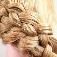 Как красиво собрать волосы в школу самой себе за 5 минут