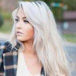 Какой белый оттенок волос выбрать?