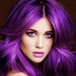 Баклажан — смелый и стильный цвет волос