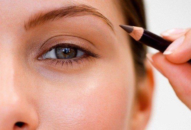 Как сделать брови темнее в домашних условиях: 5 рецептов без краски