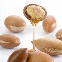Особенности применения арганового масла для укрепления волос