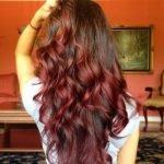 Омбре в красном цвете для темных волос