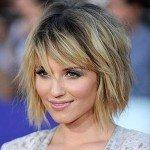 10 модных укладок на средние волосы