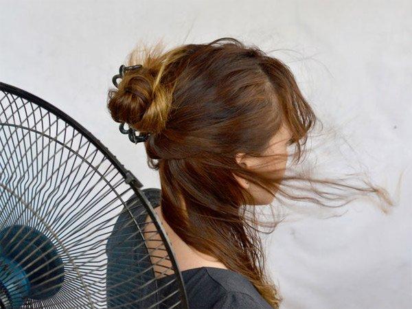 sushka-volos-ventilyatorom