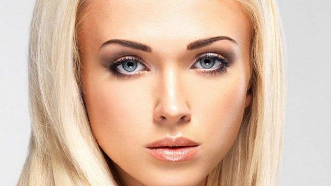 podbiraem-pravilnyj-cvet-brovej-dlya-blondinok5