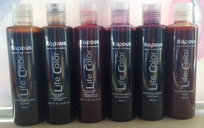 obzor-luchshih-ottenochnyh-shampunej-dlya-volos10
