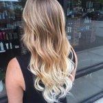 Особенности и цветовые вариации балаяжа для светлых волос